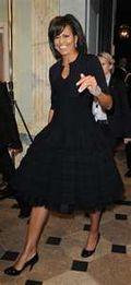 Black twirtly skirt
