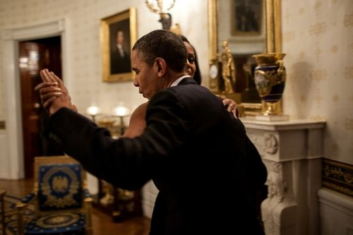 Pres & MO dancing in Blue Room (Souza)