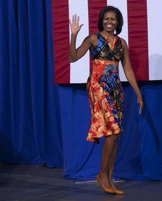 M in print dress