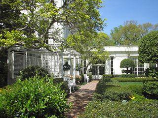 Kennedy-garden-c2006-e