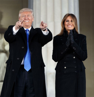 Donald-trump-melania-walk-out-inauguration