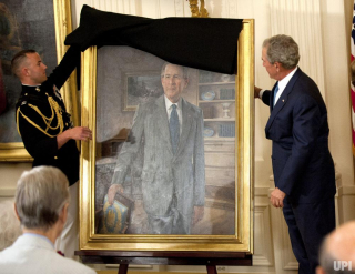 George-W-Bush-White-House-portrait-unveiling_1_1